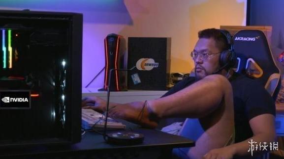 《星际争霸》锦标赛 韩国主播主播用脚操作羞辱中国选手