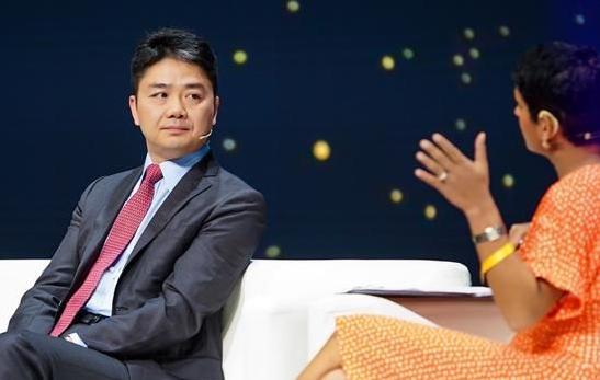 京东刘强东表示:未来零售业将会由机器人代替员工