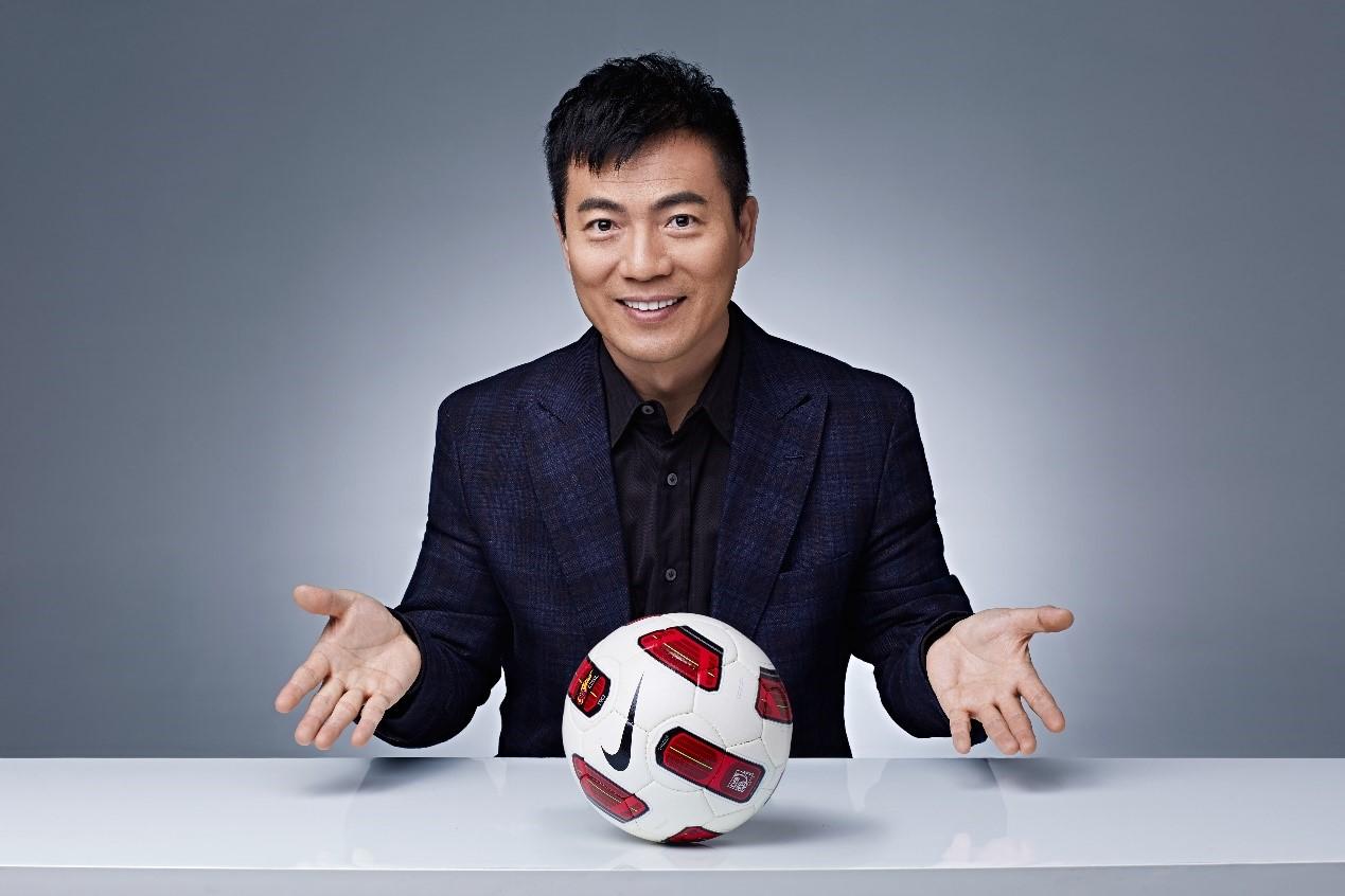 著名足球解说黄健翔专访:51《红月传说》我等你